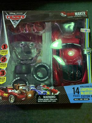 Toys-R-Us exclusive Cars 2 Ride Makerz World Grand Prix Lightning McQueen SEALED for Sale in Anaheim, CA