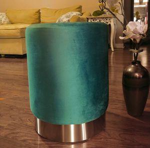New vintage style ottoman green teal velvet mod-century modern for Sale in Smyrna, TN