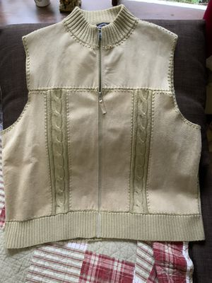 Woman's Sweater Vest for Sale in Fairburn, GA