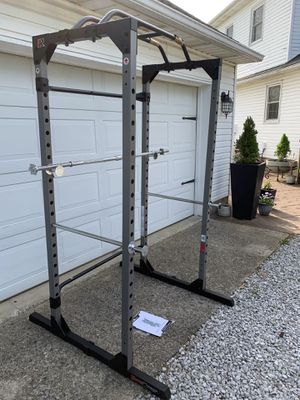 Weight Lifting Squat Rack 800 lbs Capacity (Delivery Available, please see descriptions) for Sale in Columbus, OH