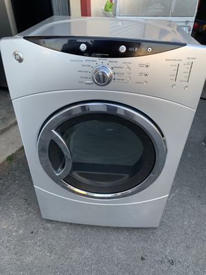 GE electric dryer excellent condition for Sale in Sterling, VA