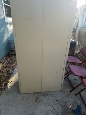 Metal cabinet with lock and key $75 or best offer has 5 shelves in it for Sale in Austin, TX