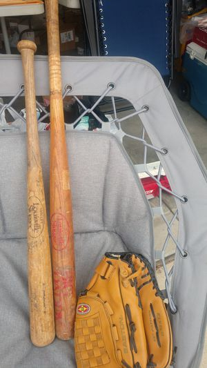 Baseball bat and glove for Sale in Bakersfield, CA