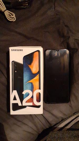 32 GB SAMSUNG GALAXY A20 for Sale in Oklahoma City, OK