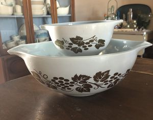 Vintage Pyrex for Sale in Phoenix, AZ