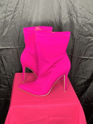 HOT PINK HIGH HEEL ANKLE BOOTS for Sale in Stockbridge, GA