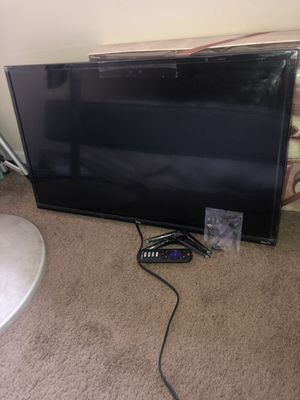 """TCL - 32"""" Class - LED - 3-Series - 720p - Smart - HDTV Roku TV for Sale in Altamonte Springs, FL"""