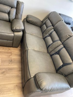 Leather recliner sofa and loveseat for Sale in Washington, DC