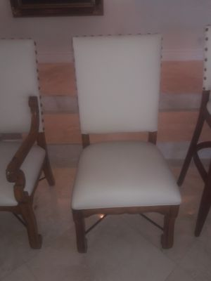 Dinning room chairs 2 . 2 with no arms. Retail $400 No Arms. YOUR PRICE $125.00 EACH You can buy last 2 . MUST SEE for Sale in Miami Beach, FL