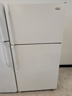 Whirlpool Top Freezer Refrigerator Used Good Condition With 90day's Warranty for Sale in Washington,  DC