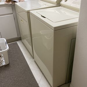 Kenmore Washer And Dryer for Sale in Claremont, CA