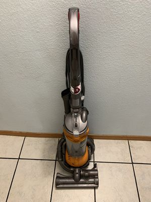 Dyson vacuum DC25 for Sale in Lake Forest, CA