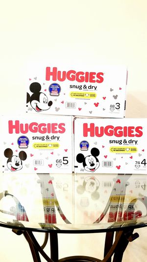Huggies Snug & Dry Diapers [ Size 3, 4 & 5 Only ] for Sale in Orlando, FL