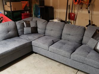 Sectional Sofa/couch for Sale in Mill Creek,  WA