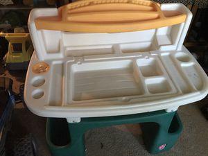 Plastic kids step 2 desk!! for Sale in Lockhart, FL