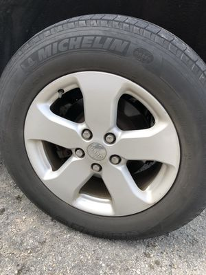 4 Rims/Tires Jeep Grand Cherokee 2012 for Sale in Key Biscayne, FL