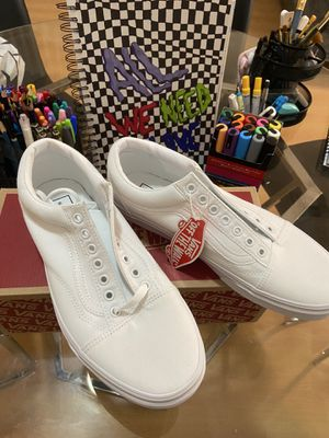Vans old Skool ready to customize with wherever you want for Sale in Pembroke Pines, FL
