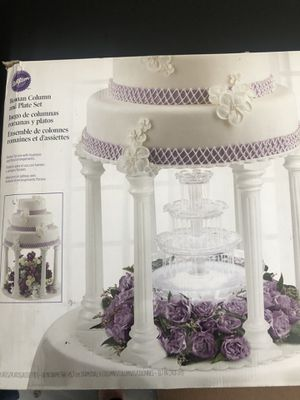 Wilton Roman Column and Plate Set for Sale in Downey, CA