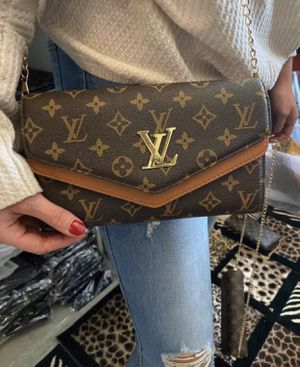 Luxury style crossbody for Sale in Dulles, VA