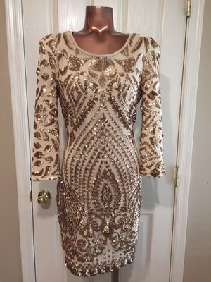 Bebe 🌸beautiful gold sequins stretch dress size LARGE for Sale in Maricopa, AZ