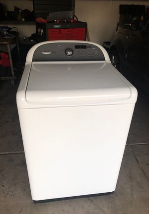 FREE Whirlpool Washer for Sale in Chandler, AZ