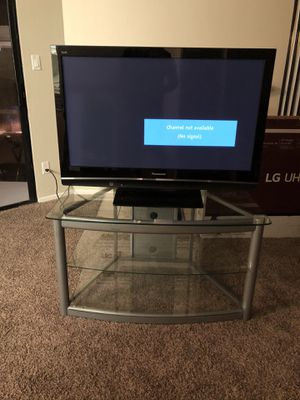 Panasonic Viera HD Plasma TV & TV Stand for Sale in Fresno, CA