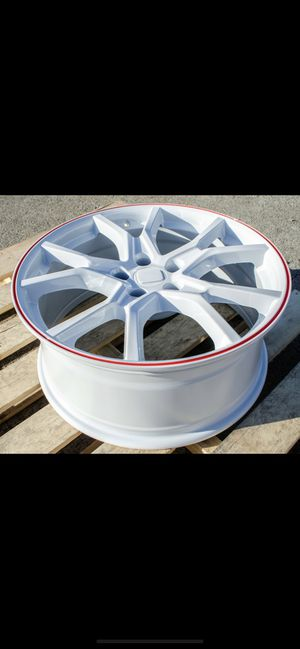 """Honda 18/19/20"""" new white si style rims tires set for Sale in Hayward, CA"""