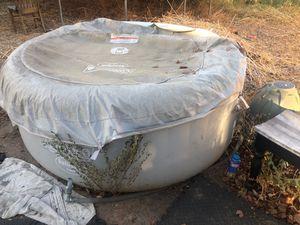 Hot tub for Sale in Phoenix, AZ
