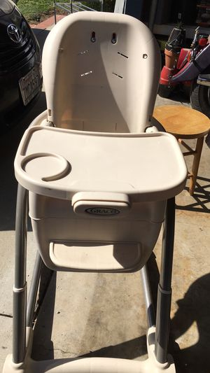 Booster seat / High chair Graco for Sale in Claremont, CA