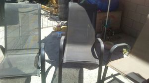 FREE 3 CHAIRS GOOD CONDITION for Sale in Rialto, CA
