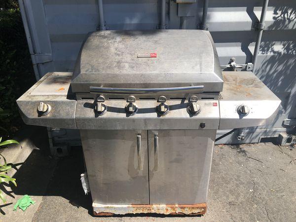 Char-Broil Performance Tru infrared grill whit side burner