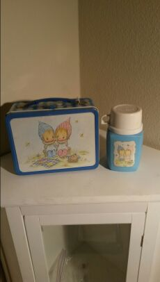Precious moments lunch box w/thermos 1975 for Sale in Elk Grove, CA