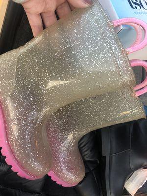 Girls rain boots for Sale in Mentone, CA