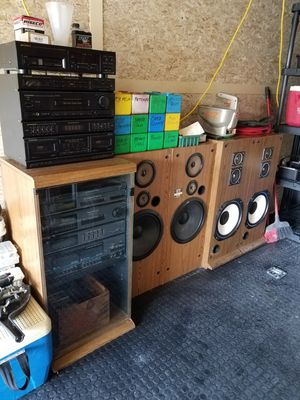 Old school stereo systems. 1 lot for Sale in New Chicago, IN