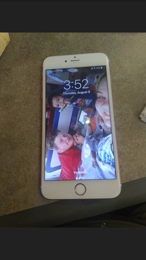 Rose gold iPhone 6s + for Sale in Cleveland, OH