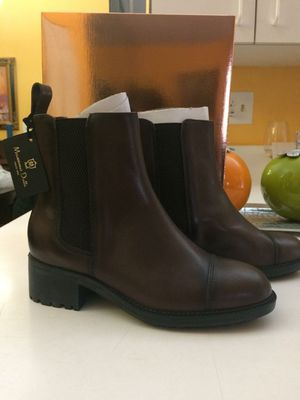Massimo Dutti Boots for women Pure Leather ** girls size 4 *** / Adult size 6 for Sale in Miami, FL