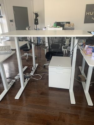 Autonomous SmartDesk2 Automated Standing Desk for Sale in Philadelphia, PA