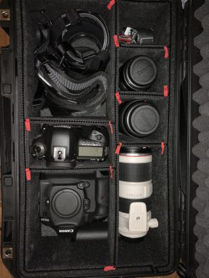 Canon DSLR 1dx mkII and 5d mkIv with four lenses and expensive hard case. for Sale in Cambridge, MA