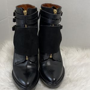 GIVENCHY Women's Black Leather Wedge Strap Detail Ankle Boot Sz 39 US 8.5 for Sale in Dearborn, MI