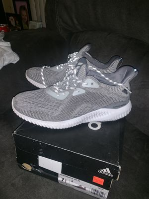 Adidas alphabounce women 7 1/2 for Sale in Haines City, FL