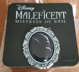 Maleficent 2 movie Mistress of Evil Disney Collectible pin for Sale in Harbor City, CA
