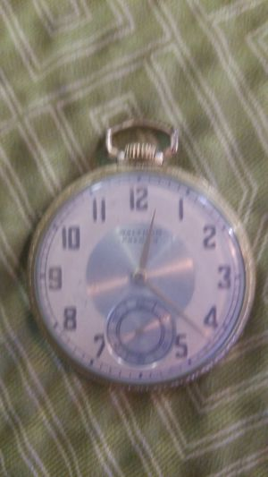 Vintage 1938 waltham colonial 17 jewel rolled gold pocket watch for Sale in Hampton, VA