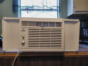 Artic King small ac for a 10/12 room for Sale in Tyler, TX