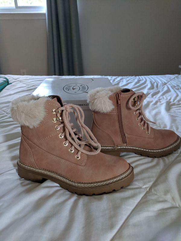 Brand New Women's Steve Madden Alaska Nude Winter Boots Size 6