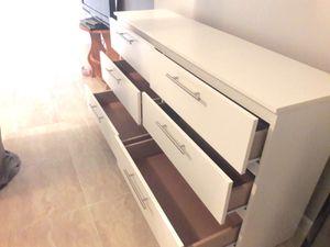 New dresser for Sale in Hialeah, FL