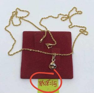 """18K necklace/pendant set 18"""" for Sale in Queens, NY"""