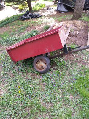 Metal Lawn Cart for Sale in West Mifflin, PA