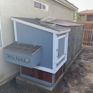 Chicken Coop for Sale in Fresno, CA