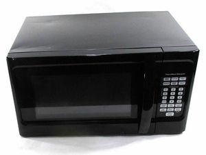 Hamilton Beach Black 1000watt Microwave for Sale in Knoxville, TN