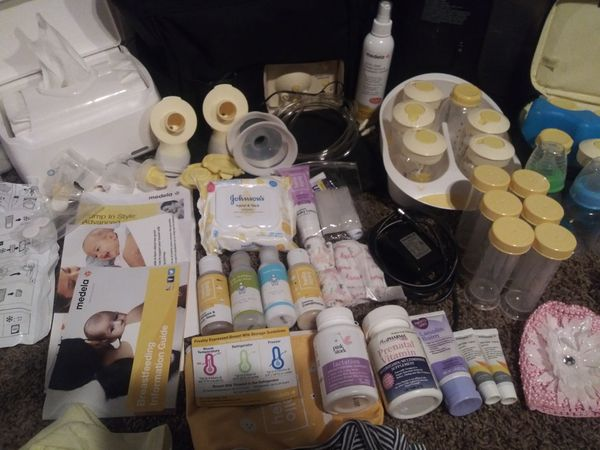 Make an offer, Pump, diaper can, humidifier is sold, wipes warmer, newborn diapers ect